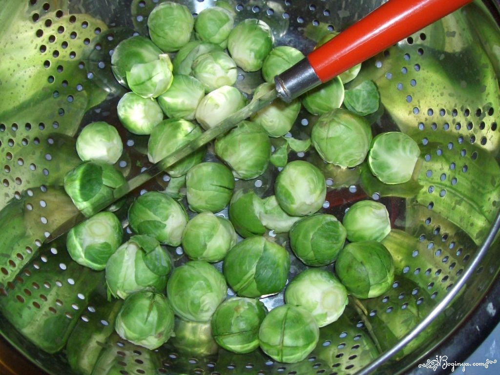 Употребление брюссельской капусты в пищу помогает излечить артрит