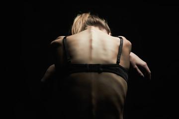 «Блокады», миорелаксанты, остеопатия. Почему лечение грыжи диска не помогает?