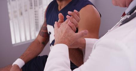 реабилитация в спорте врач