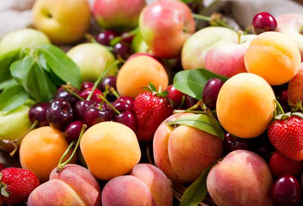 фрукты в июне