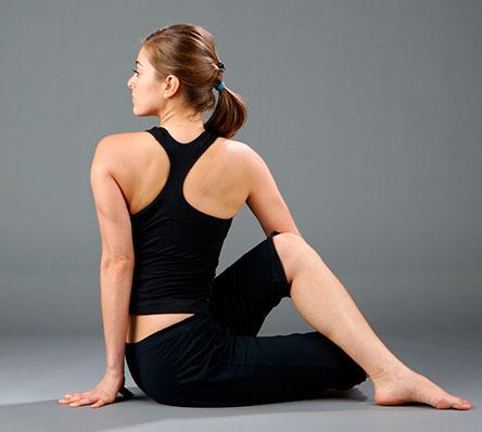 скрутка в йоге
